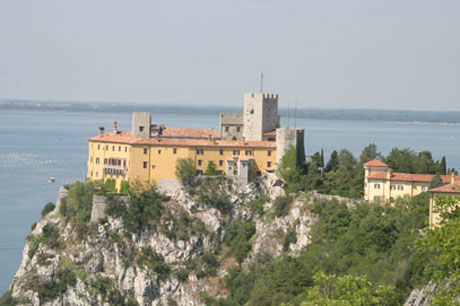 55PLUS: Schloss Duino, Friaul