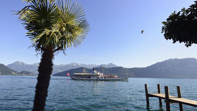 © Luzern Tourismus / Lorenz A. Fischer / Vierwaldstättersee, Schweiz - Dampfschiff / Zum Vergrößern auf das Bild klicken