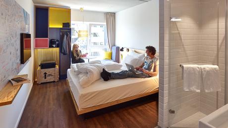 © Kurt Hoerbst / Hotel Schani: Zimmer / Zum Vergrößern auf das Bild klicken