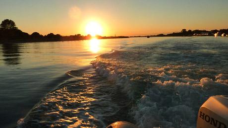 © Riccardo Carulli - Misterblu / Misterblu Tramonto Sonnenuntergang / Zum Vergrößern auf das Bild klicken