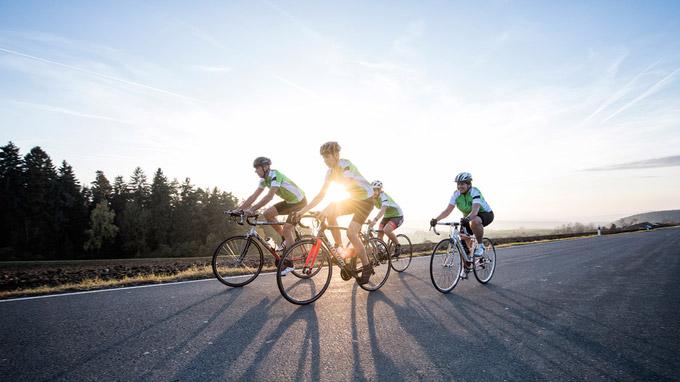 © Tourismuszentrale Fichtelgebirge / Florian Trykowski / Fichtelgebirge, DE - Radfahrer / Zum Vergrößern auf das Bild klicken