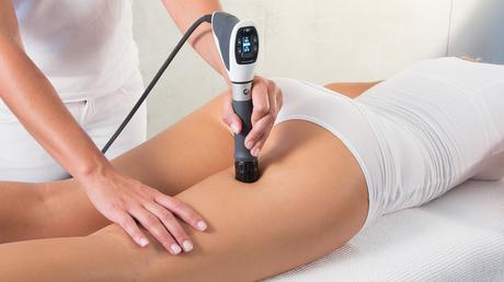 © Moser Milani Medical Spa / Stoßwellen gegen Cellulite / Zum Vergrößern auf das Bild klicken