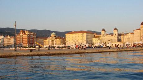 � RZPR / Triest, Italien / Zum Vergr��ern auf das Bild klicken