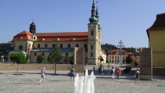 © 55PLUS Medien GmbH, Wien / Velehrad, CZ - Wallfahrtskirche / Zum Vergrößern auf das Bild klicken