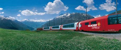 Glacier-Express am Oberalppass, Schweiz