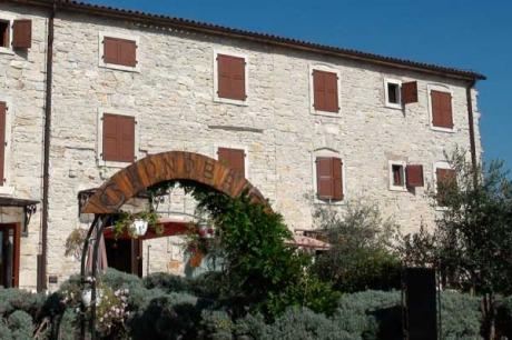 Buje, Kroatien - Casa La Parenzana: Außen