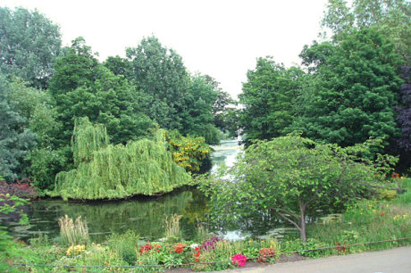 Regents Park in London, GB