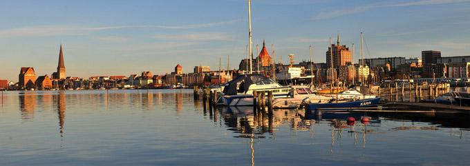 © Hansestadt Rostock / Angelika Heim / Rostock, DE - Hafen / Zum Vergrößern auf das Bild klicken