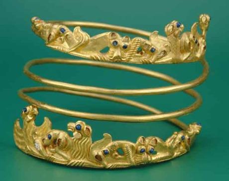 Schlossmuseum Linz - Ausstellung Goldener Horizont: Spiral-Halsreif