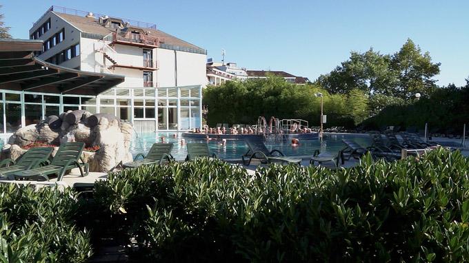 55PLUS Medien GmbH / Terme 3000 - Schwimmbecken Hotel Termal / Zum Vergrößern auf das Bild klicken