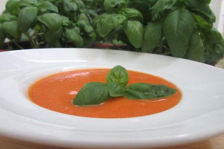 © Brigitte Kaufmann, Villach / Tomaten-Kokossuppe / Zum Vergrößern auf das Bild klicken