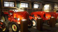 © Edith Spitzer, Wien / Mattsee, Salzburg - PorscheMuseum_Traktoren / Zum Vergrößern auf das Bild klicken