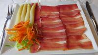 © Edith Spitzer, Wien / Vielha, Spanien - Era Lucana Restaurant_Schinken mit Spargel / Zum Vergrößern auf das Bild klicken