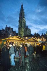 Weihnachtsmarkt in Antwerpen, Belgien / Zum Vergrößern auf das Bild klicken