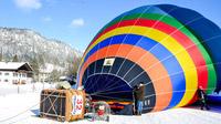 © Flora Jädicke, Regensburg / Kössen, Tirol - Ballon aufwärmen / Zum Vergrößern auf das Bild klicken