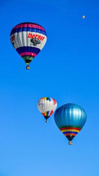 © Flora Jädicke, Regensburg / Kössen, Tirol - Ballone über den Alpen / Zum Vergrößern auf das Bild klicken
