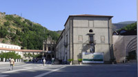 © 55PLUS Medien GmbH, Wien / Cosenza, Italien - Kirche Hl Franziskus / Zum Vergrößern auf das Bild klicken