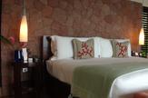 © 55PLUS Medien GmbH, Wien / Hotel Raffles, Seychellen - Zimmer / Zum Vergrößern auf das Bild klicken