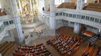 © 55PLUS Medien GmbH, Wien / Edith Spitzer / Dresden, DE - Frauenkirche_Altar / Zum Vergrößern auf das Bild klicken