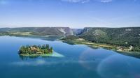© Kroatische Zentrale für Tourismus / Krka Visovac lake and island, Kroatien - Ivo Biocina / Zum Vergrößern auf das Bild klicken