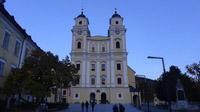 © 55PLUS Medien GmbH, Wien / Edith Spitzer / Mondsee, OÖ - Kirche / Zum Vergrößern auf das Bild klicken