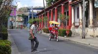 © 55PLUS Medien GmbH, Wien / Edith Spitzer / Pinar del Rio, Kuba - Pedaltaxi / Zum Vergrößern auf das Bild klicken