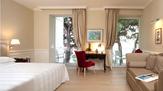 © RZPR / Hotel Riviera, Triest - Zimmer / Zum Vergrößern auf das Bild klicken