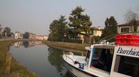 © Anita Arneitz, Klagenfurt / Schifffahrt mit Burchiello am Riviera del Brenta, Italien - ruhiges Gewässer / Zum Vergrößern auf das Bild klicken