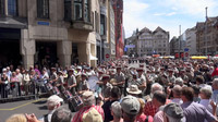 55PLUS Medien GmbH / Basel Tattoo Parade beim Rathaus / Zum Vergrößern auf das Bild klicken