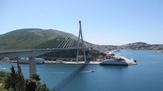 © 55PLUS Medien GmbH, Wien / Dubrovnik, Kroatien - Brücke über Bucht / Zum Vergrößern auf das Bild klicken