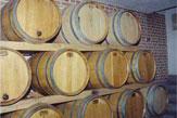 Weingut Johann Gisperg / Weingut Johann Gisperg - Barriquefässer / Zum Vergrößern auf das Bild klicken