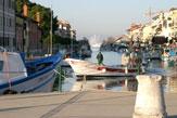 55PLUS: Grado, Hafeneinfahrt / Zum Vergrößern auf das Bild klicken