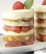 Senf-Erdbeer-Trifle / Zum Vergrößern auf das Bild klicken