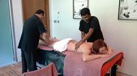 55PLUS Medien GmbH / Aryuveda Massage in Thermana Laško / Zum Vergrößern auf das Bild klicken