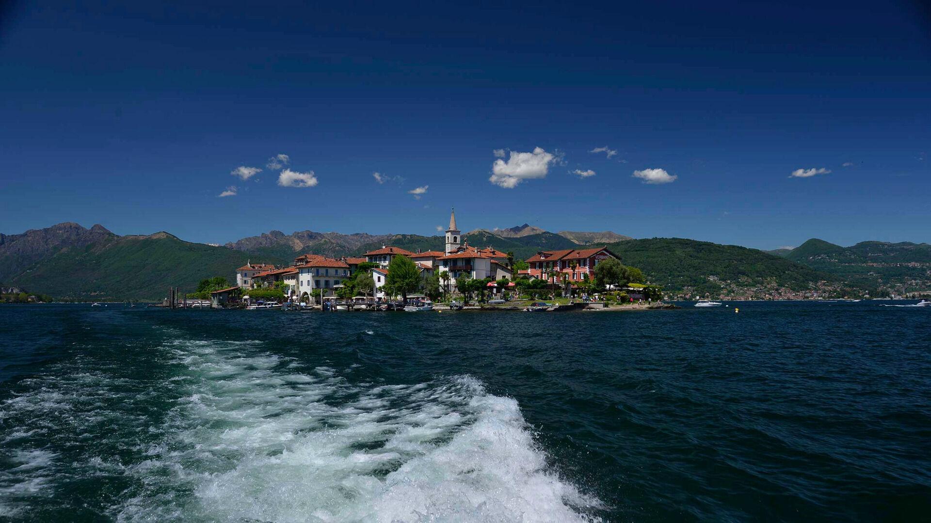 © Roberto Maggioni / www.illagomaggiore.com / Lago Maggiore, Italien - Isola dei Pescatori
