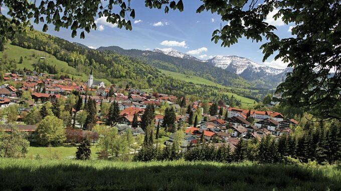 © Oberstaufen Tourismus / Oberstaufen, Bayern - Blick vom Kapf / Zum Vergrößern auf das Bild klicken