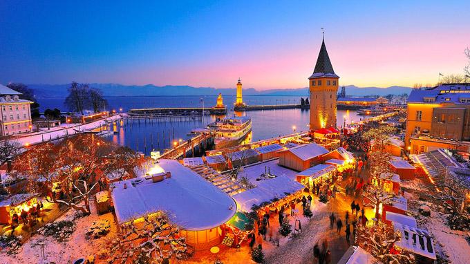 © Lindau Tourismus / Wolfgang Schneider / Lindau, Bodensee - Hafenweihnacht / Zum Vergrößern auf das Bild klicken