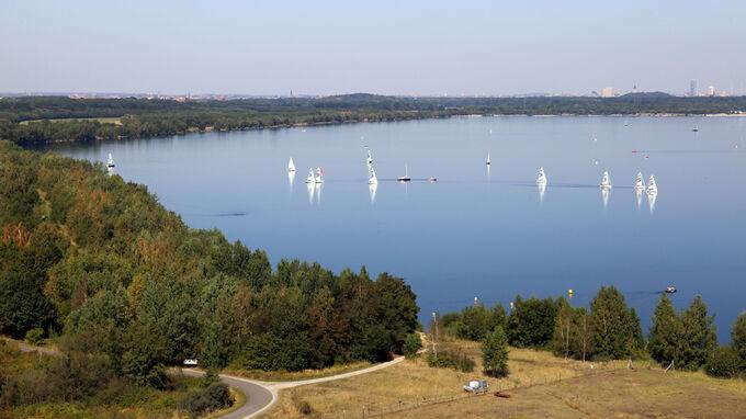 © Andreas Schmidt / Cospudener See, Sachsen - Blick von Bistumshöhe / Zum Vergrößern auf das Bild klicken