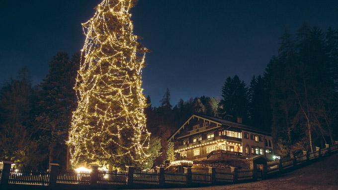 © TVB St. Anton am Arlberg / Die West / St. Anton am Arlberg, Tirol - Adventzauber / Zum Vergrößern auf das Bild klicken
