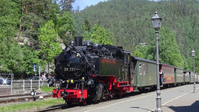 © Edith Spitzer, Wien / Bad Oybin, Sachsen - Dampfeisenbahn / Zum Vergrößern auf das Bild klicken