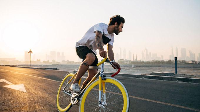 © Unsplash / Bewegung hilft - Radfahren / Zum Vergrößern auf das Bild klicken
