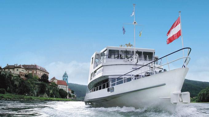 © Brandner Schiffahrt GmbH / Brandner Schifffahrt / Zum Vergrößern auf das Bild klicken