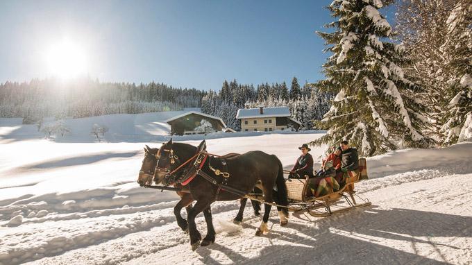 © SalzburgerLand Tourismus / Salzburg - Pferdeschlittenfahrt / Zum Vergrößern auf das Bild klicken