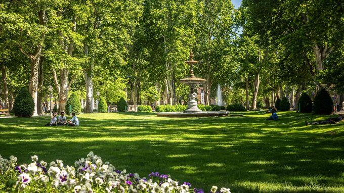 Zagreb, Kroatien - Zrinjevac-Park