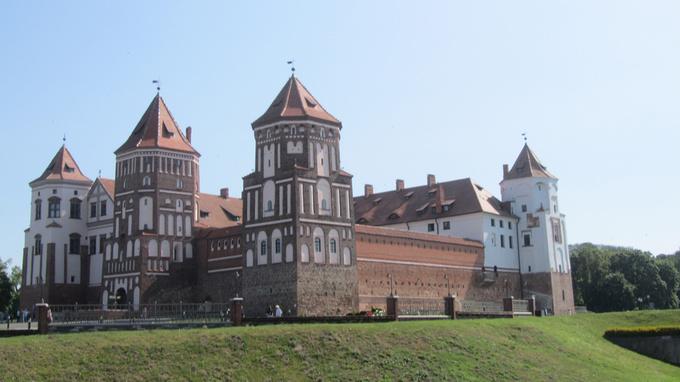 © Edith Köchl, Wien / Minsk, Belarus - Schloss Mir / Zum Vergrößern auf das Bild klicken