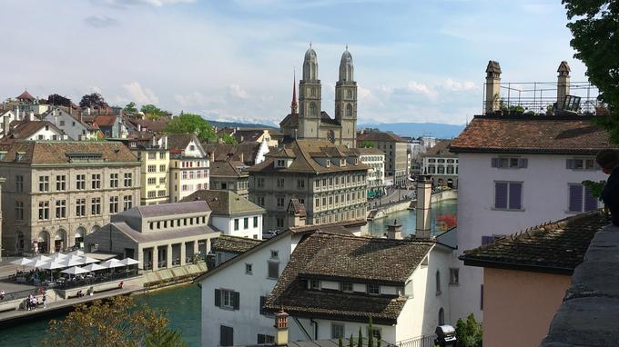 © Edith Spitzer, Wien / Zürich, CH - Blick Richtung Zürcher See / Zum Vergrößern auf das Bild klicken