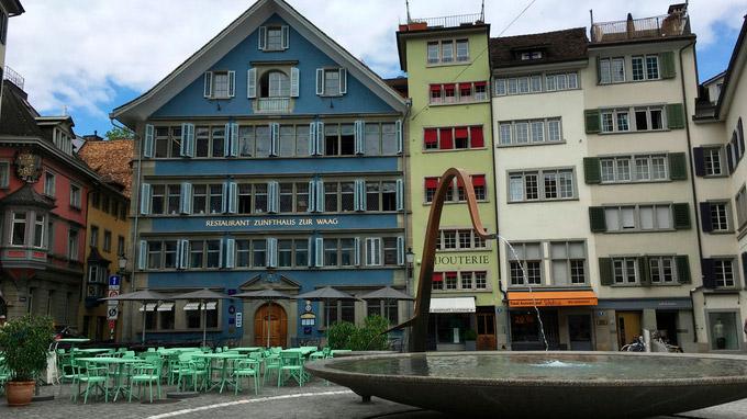 © Edith Spitzer, Wien / Zürich, CH - Restaurant Zunfthaus zur Waag / Zum Vergrößern auf das Bild klicken