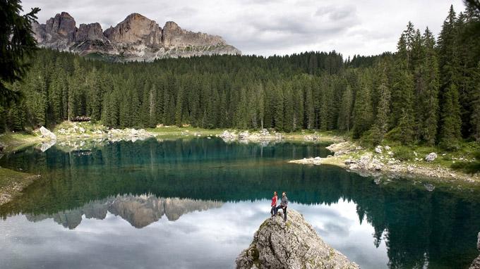 © Eggental Tourismus / Helmuth Rier / Karer See, Südtirol / Zum Vergrößern auf das Bild klicken