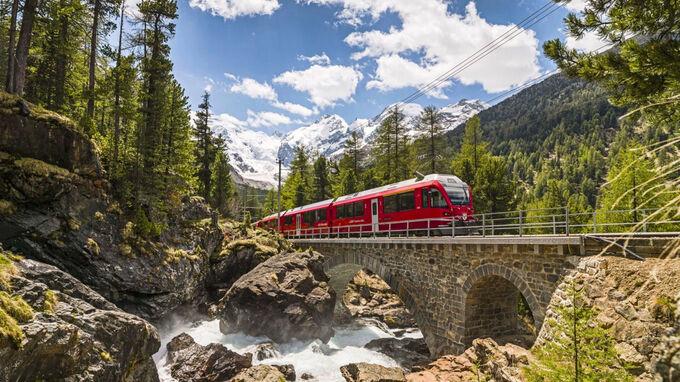 © RhB / Engadin, Graubünden CH - Morteratsch Berninapass / Zum Vergrößern auf das Bild klicken