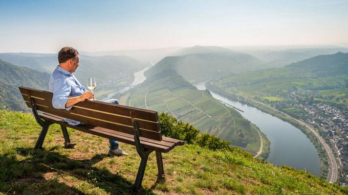 © Rheinland Pfalz Tourismus GmbH / D. Ketz / Bremm, DE - Moselschleife / Zum Vergrößern auf das Bild klicken